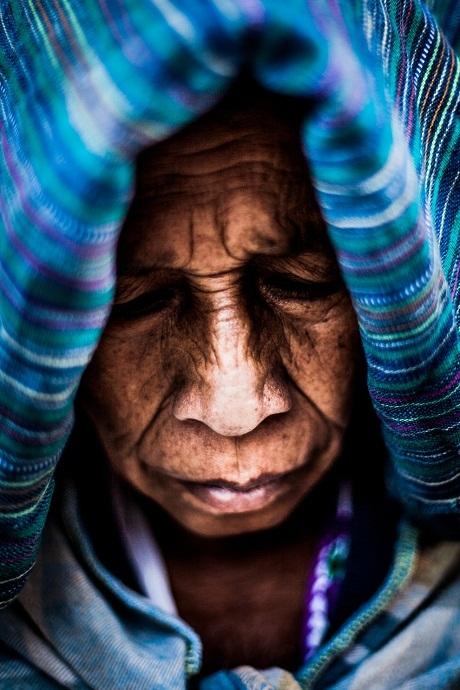 Cuộc đời – Một cụ già ở Antigua, Guatemala.
