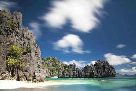Thời tiết nơi đây thích hợp để du khách tới nghỉ mát quanh năm, bất cứ khi nào có điều kiện.