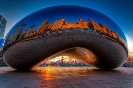 Công trình Cloud Gate tại thành phố Chicago, bang Illinois, Mỹ.