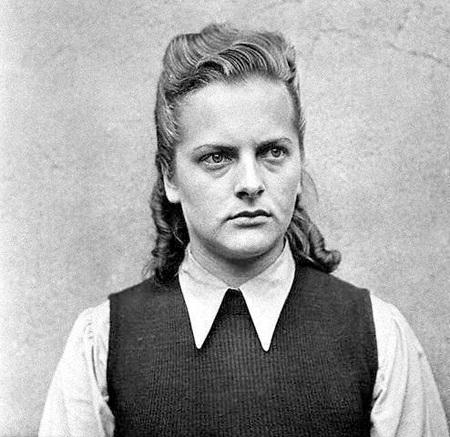 Chân dung Irma Grese chụp năm 1945 khi bà đang chờ xét xử