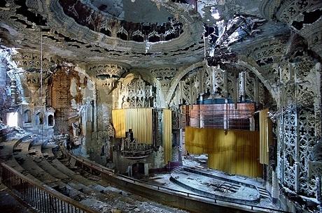 Hình ảnh về sự đổ nát của thành phố tuyên bố phá sản ở Mỹ