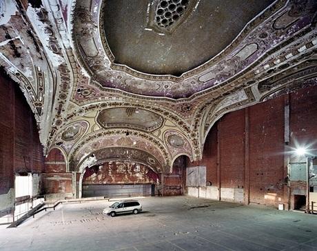 Nhà hát Michigan.