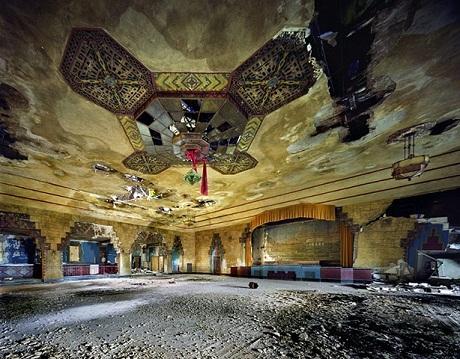 Phòng khiêu vũ Vanity.
