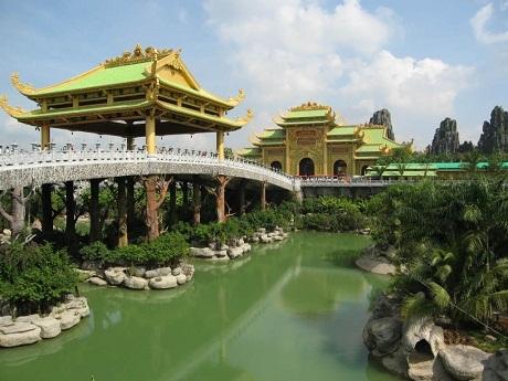 Đại Nam Quốc tự - viên ngọc của ngành du lịch Việt Nam
