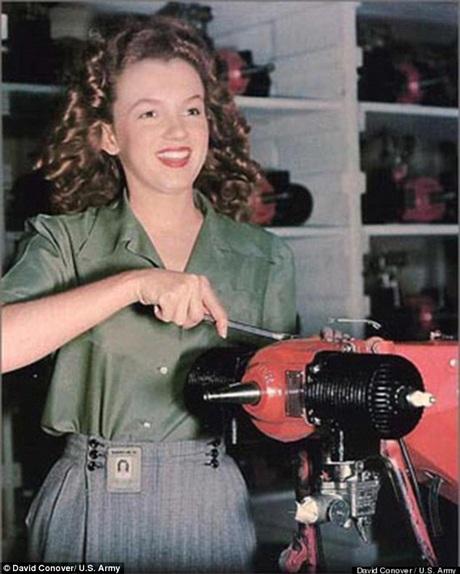 Marilyn từng sử dụng thành thạo nhiều loại máy móc cơ khí.