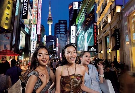 Phụ nữ Việt tại Hàn được khuyến khích làm hướng dẫn viên du lịch