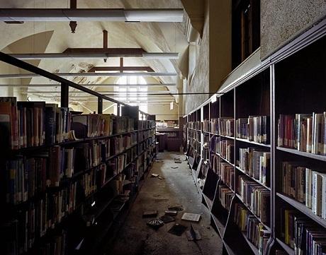Thư viện công cộng East Side.