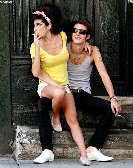 Amy và bạn trai - Blake Fielder-Civil.