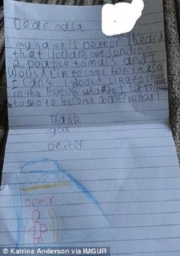 Lá thư viết tay của Dexter