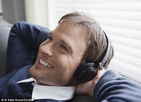Nghe nhạc buồn là để tìm kiếm... niềm vui