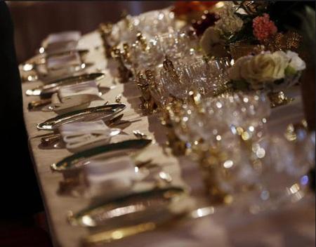 Bàn tiệc dành cho Nữ hoàng và quan khách tại buổi lễ