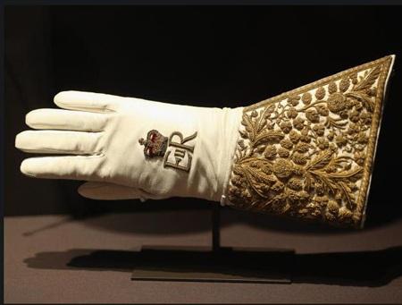 Chiếc găng tay