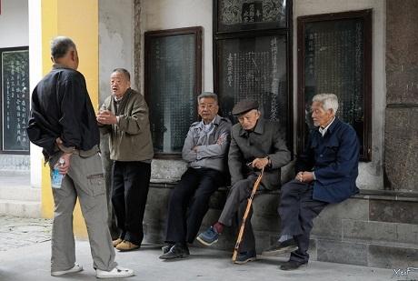 Trung Quốc áp dụng luật bắt con cái phải tới thăm cha mẹ