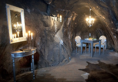Kỳ thú khách sạn thiên đường trong lòng núi