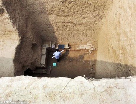 Hiện trạng của ngôi mộ rất đáng lo ngại vì thời gian và khí hậu đã khiến nó xuống cấp nghiêm trọng.