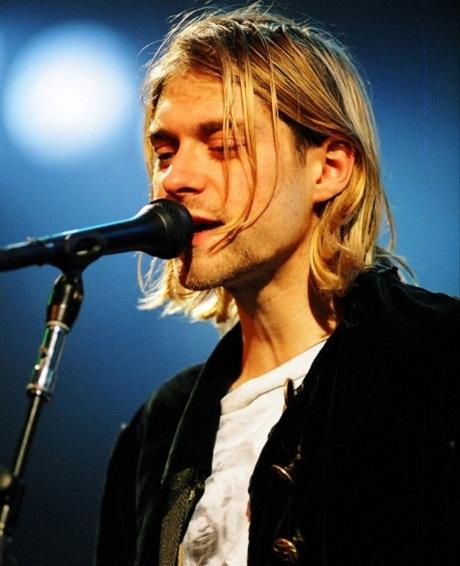 """Rao bán ngôi nhà thời thơ ấu của """"huyền thoại rock đoản mệnh Kurt Cobain"""