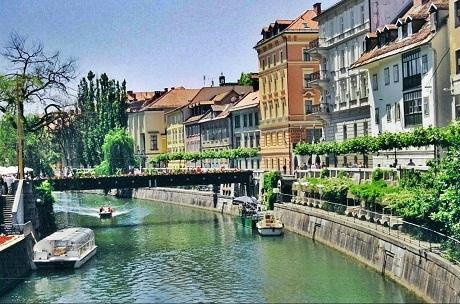 Đồng hạng 5 là thành phố Ljubljana của Cộng hòa Slovenia (một đất nước thuộc Nam Âu).