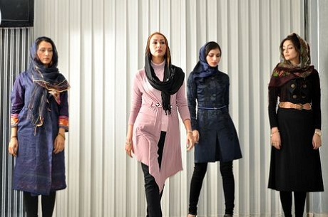 Một buổi trình diễn thời trang hiện đại ở Iran