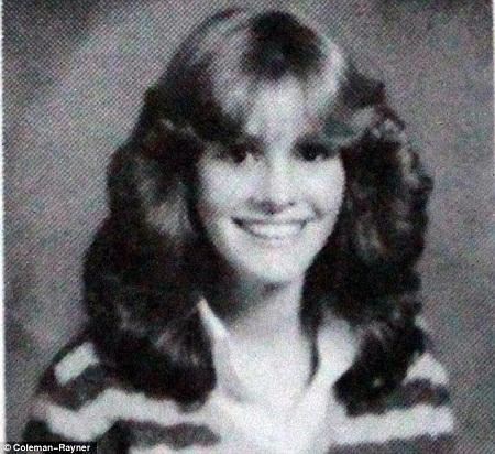 Diện mạo của Julia Roberts không thay đổi nhiều theo năm tháng.