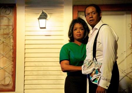 Diễn viên Oprah Winfrey và Forrest Whitaker trong phim