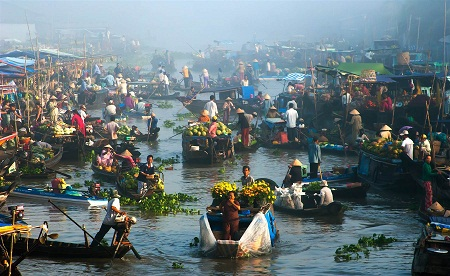 """""""Chợ nổi trên sông"""" - Tác giả Nguyễn Thanh Hải (Việt Nam) - Giải Khuyến khích VAPA"""