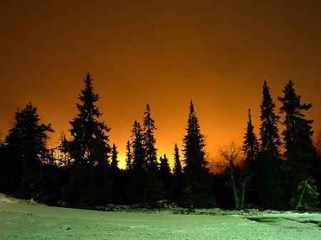 Ô nhiễm ánh sáng ở khu trượt tuyết Ruka, miền Bắc Phần Lan.