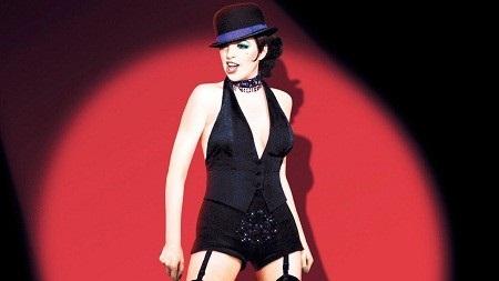 """Cụ Martha Bajohr, 77 tuổi, hóa thân vào nữ nhân vật chính của phim """"Cabaret"""" (1972)."""