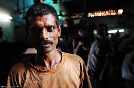 Vì điều kiện an toàn lao động ở đây quá kém nên về già, thường họ bị mắc các bệnh mãn tính.