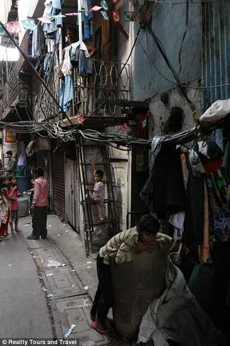Dharavi là nơi sinh sống của hơn một triệu người.