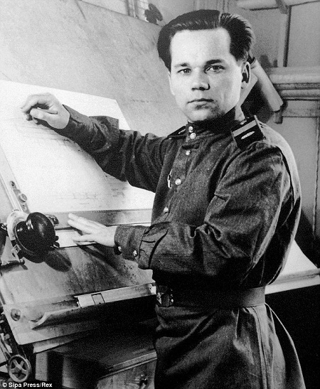Hình ảnh về lễ tang trọng thể của ông Mikhail Kalashnikov.