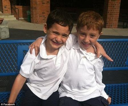 Hai cậu bạn thân - Dylan Siegal (trái) và Jonah Pournazarian (phải).