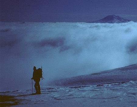 """Núi lửa làm """"gián đoạn"""" hiện tượng hâm nóng toàn cầu"""