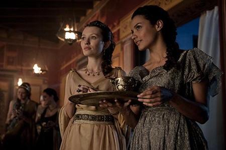 Tạo hình và thiết kế trang phục của phụ nữ La Mã trong phim Pompeii 2014.