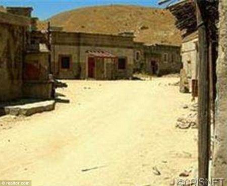 Khu trường quay Blue Cloud Movie Ranch được xây dựng rất giống với không gian ở Afghanistan.