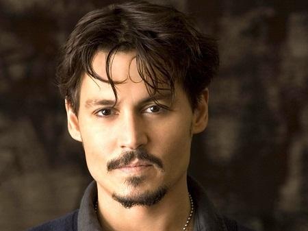 """""""Cướp biển"""" Johnny Depp đứng thứ 9 với 3,07 tỉ đô."""