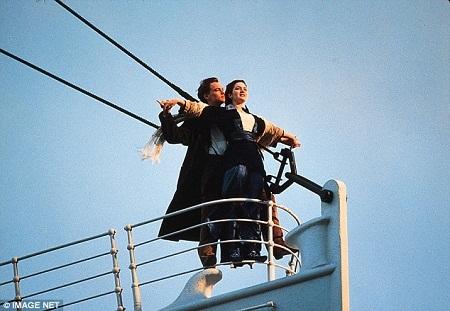 """Bài hát kinh điển gắn liền với một trong những bộ phim hay nhất mọi thời đại - """"Titanic"""" (1997)."""