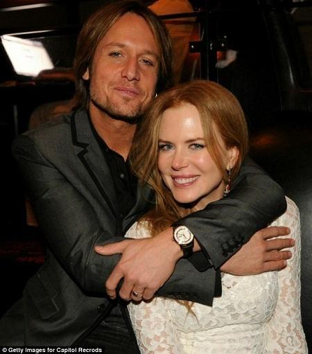 Nicole Kidman xuất hiện tại buổi họp báo công chiếu phim.