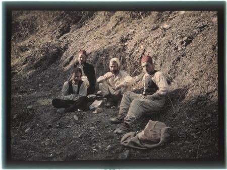 Một bức ảnh chụp vào khoảng năm 1909-1914 bởi Piotr Vedenisov.