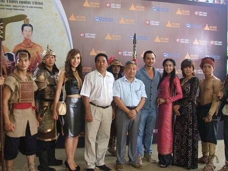 Đoàn phim tại TPHCM sáng 9.8.