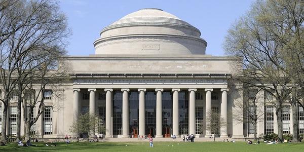 MIT đã vượt qua Harvard và Stanford để đứng đầu bảng xếp hạng QS năm nay.