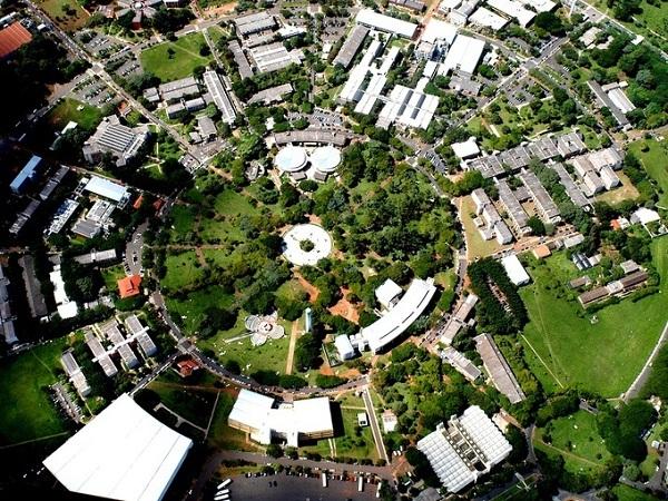 Khuôn viên trường Universidade Estadual de Campinas, đại học tại Brazil tốt thứ hai Mỹ Latin.