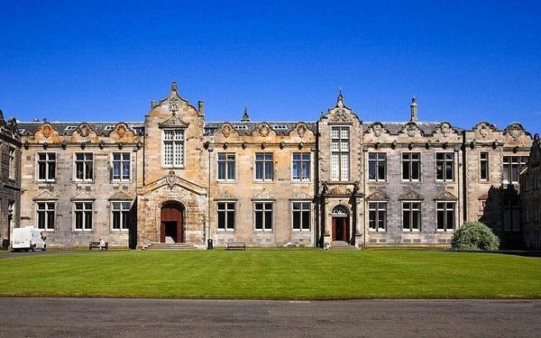 """10 trường đại học có đầu vào """"khắc nghiệt"""" nhất nước Anh - 4"""