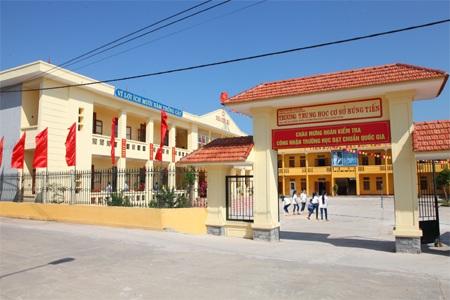 Cơ sở vật chất của Trường THCS Hùng Tiến (Kim Sơn) được đầu tư xây dựng khang trang, sẵn sàng cho năm học mới. Ảnh: Minh Quang