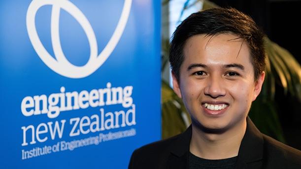 Nguyễn Đình Văn, sinh viên Việt mới đây đã giành giải cao nhất cuộc thi Sinh viên sáng tạo 2018 toàn New Zealand, theo tạp chí A-Ara đưa tin.