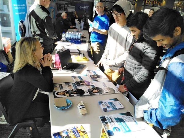 Chương trình thu hút nhiều sinh viên tìm hiểu và đăng ký tham gia vì tính thiết thực.