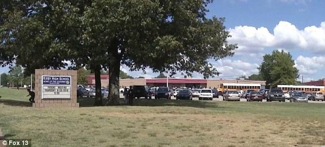 Trường trung học Kirby, bang Tennessee, Mỹ.