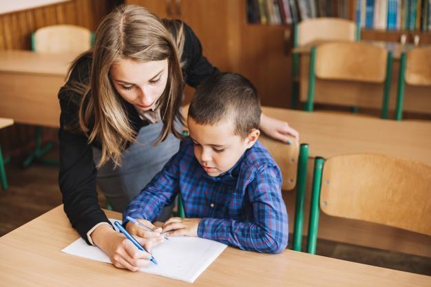 Học sinh thích đọc và viết có sức khỏe tâm thần tốt hơn gấp 3 lần (39,4% so với 11,8%) so với các bạn đồng trang lứa không tham gia vào hoạt động này (Nguồn ảnh: freepix.com).