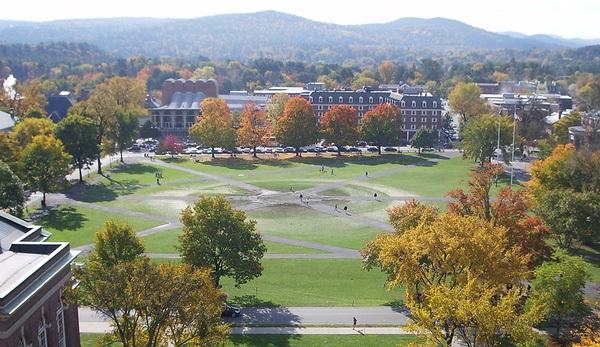 Khuôn viên ĐH Dartmouth - ngôi trường Ivy League danh tiếng mà Minh Hà giành học bổng toàn phần.
