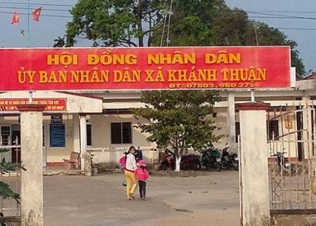 Trụ sở UBND xã Khánh Thuận bị dọa đốt vì cán bộ thiếu nợ.