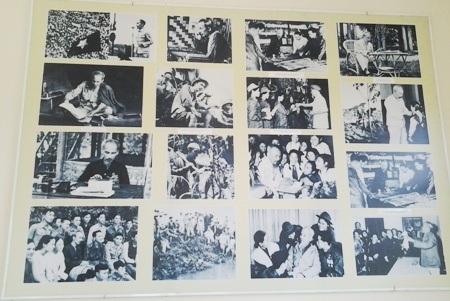 Hình ảnh, tư liệu về Bác được trưng bày trong Phủ thờ.